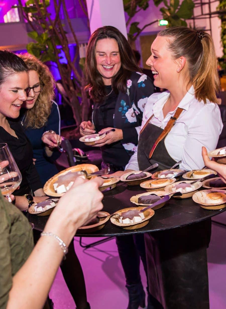 Catering bedrijfsfeest tiramisu bij Gooiland
