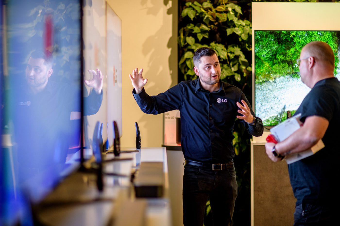Flatscreen LG Beurs in Gooiland evenementenlocatie