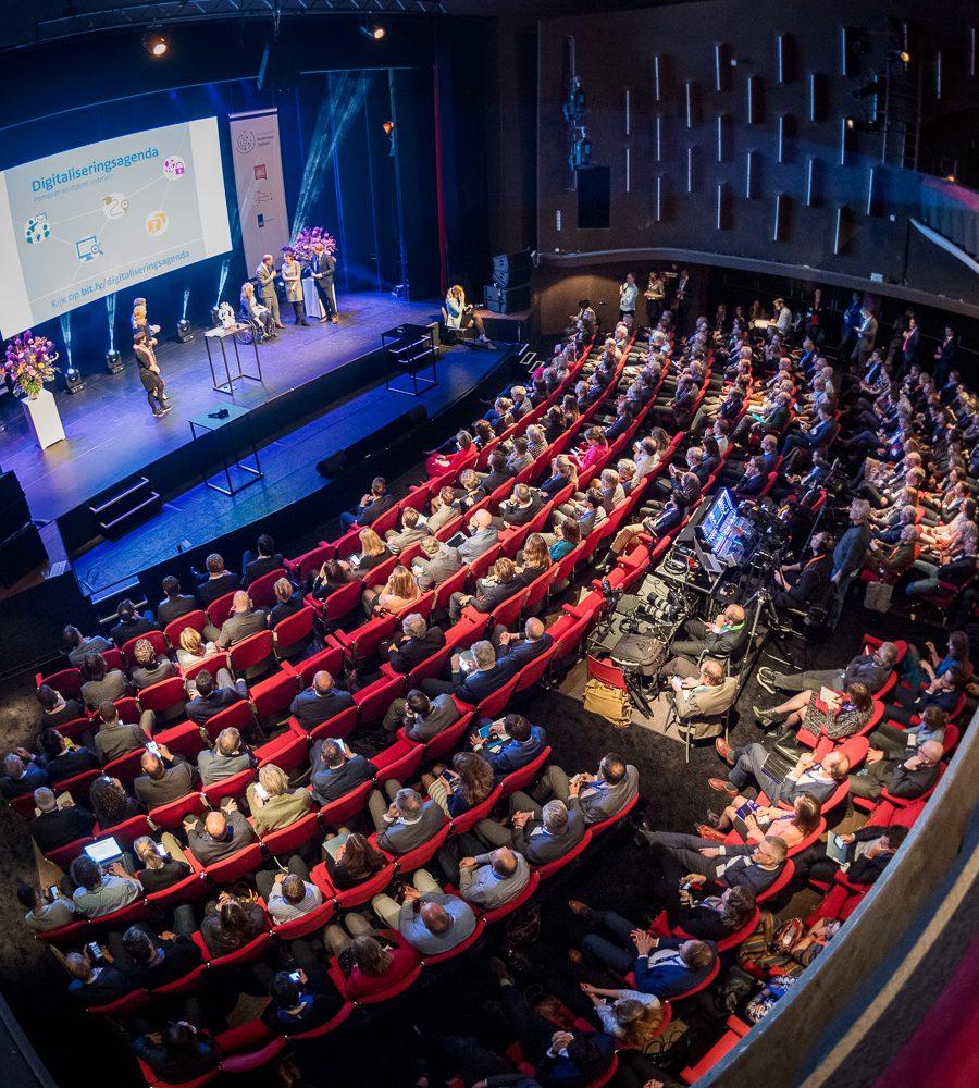 Het theater van Gooiland tijdens een congres.