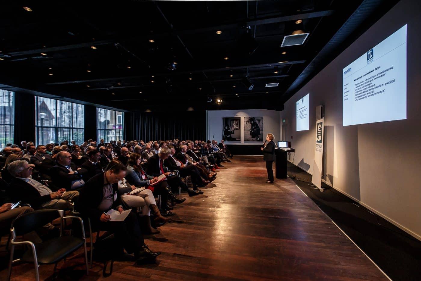 Congreszaal midden nederland